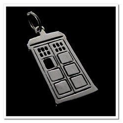 Imagem - Pingente TARDIS Doctor Who - Folheado a Prata cód: SP20