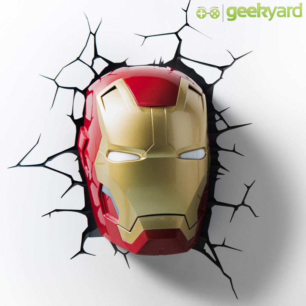 Máscara do Homem de Ferro / Iron Man - Luminária 3D Light FX Avengers