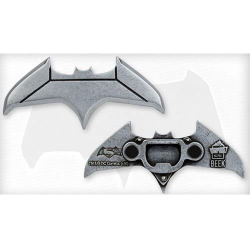 Abridor de Garrafas Batman vs Superman - Batarang Magnético 2