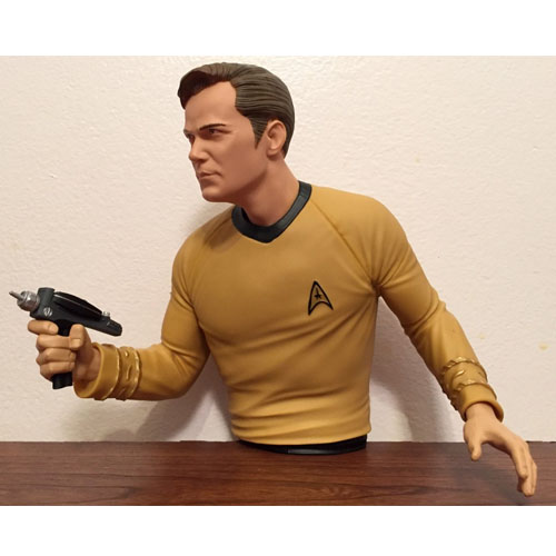 Capitão Kirk - Cofre Star Trek - Diamond Select 3