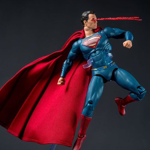 Super-Homem - Action Figure Batman vs Superman - DC Collectibles 2