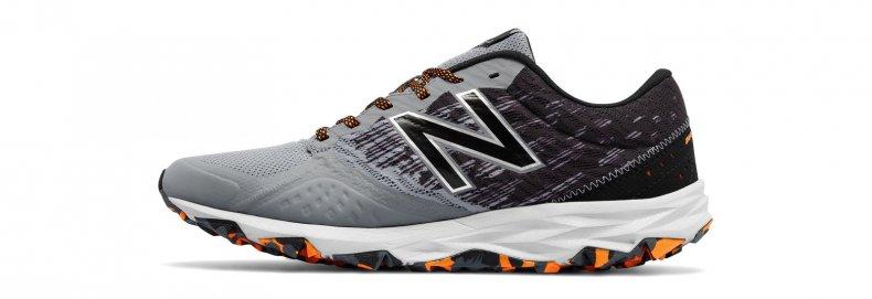 Tênis New Balance Trail 690v2