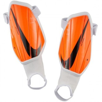 Imagem - Caneleira Nike Charge Guard