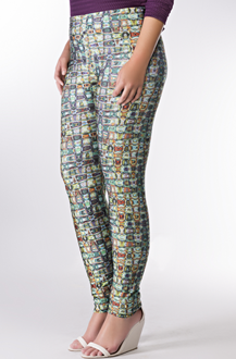 Imagem - Legging plus size em poliamida e elastano com cós elástico. 800220311 PAVAO