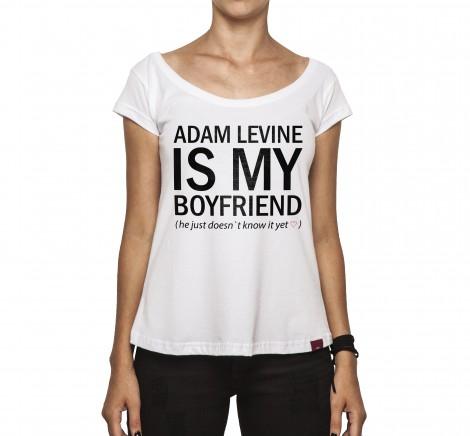 Camiseta Feminina - Adam Levine Is My Boyfriend