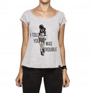 Camiseta Feminina - Amy Winehouse