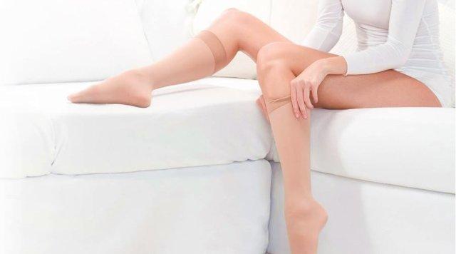 Imagem - Por que usar meias de compressão em viagem?