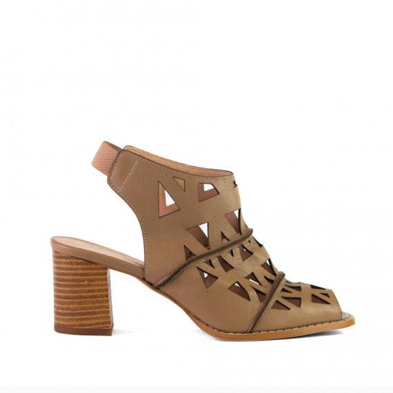 Sandal Boot Premium Salto Médio Bloco Couro Amêndoa