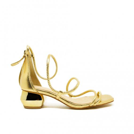 Sandália Em Couro Metalizado Salto Ouro