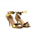 Sandália Em Couro Metalizado Salto Médio Bronze 2
