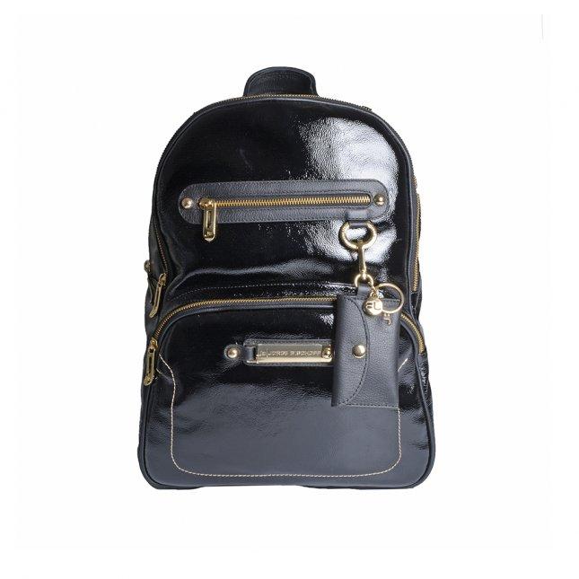 Mochila Couro Verniz Show Preta com Bag Charm V22