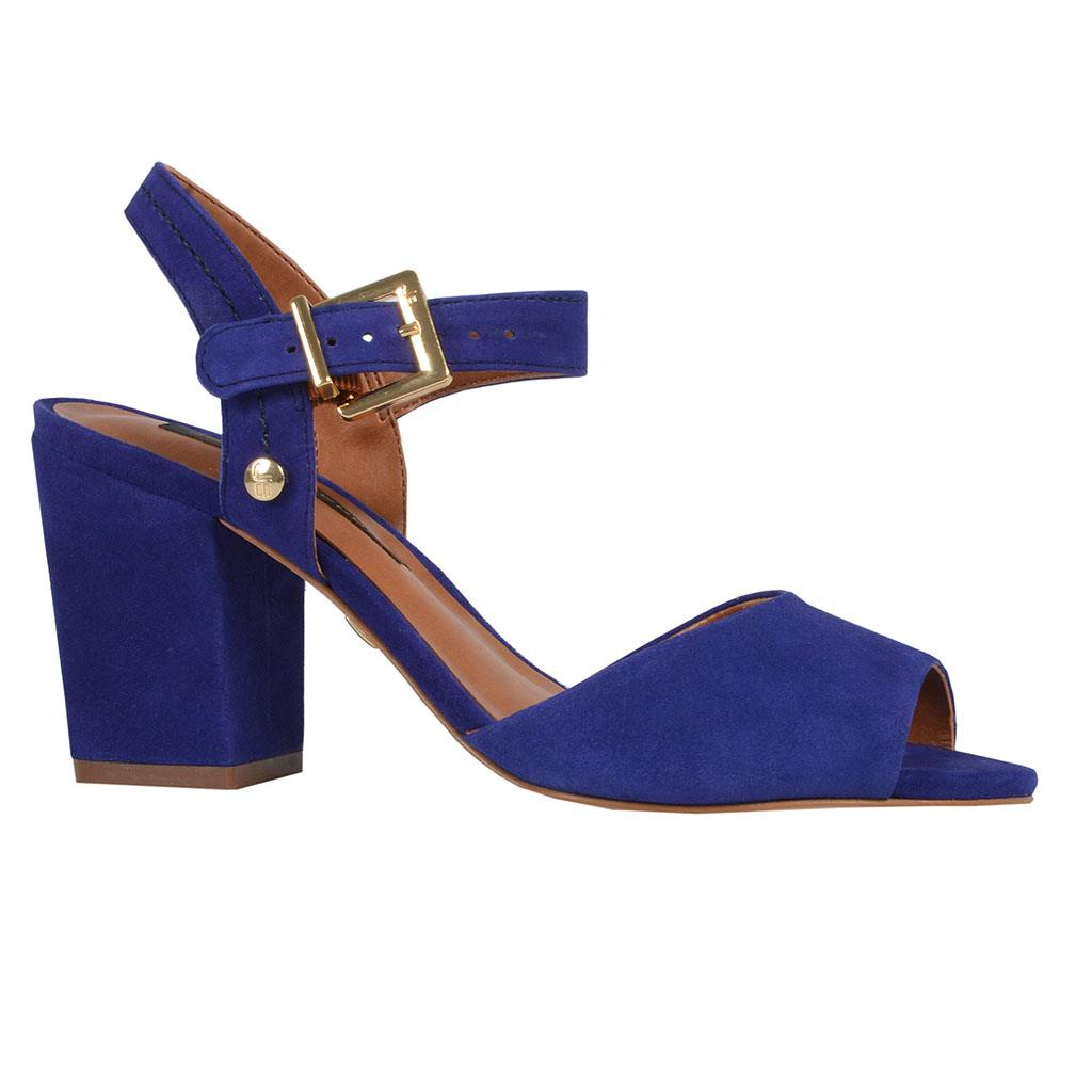 Sandália violeta V19