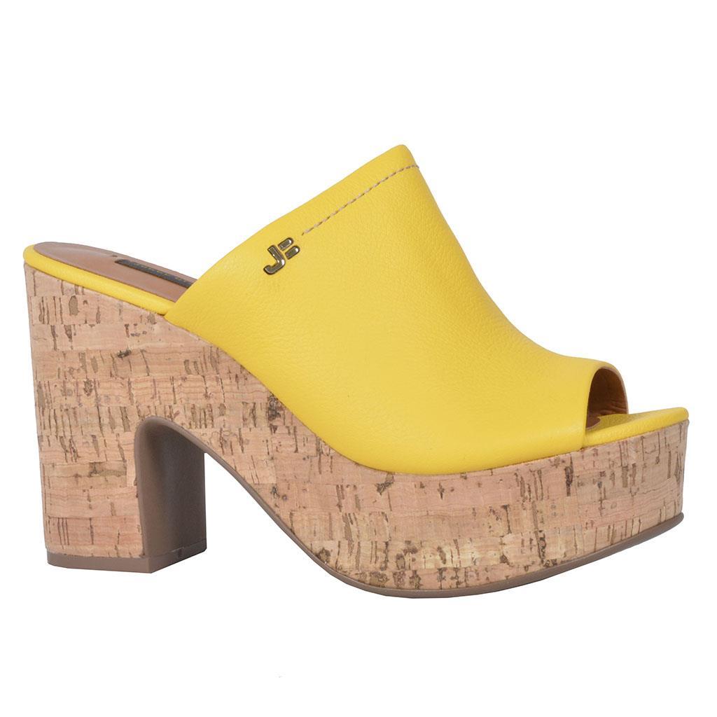 ad4d03229 Tamanco amarelo açafrão V18 - Jorge Bischoff Sapatos, bolsas e ...