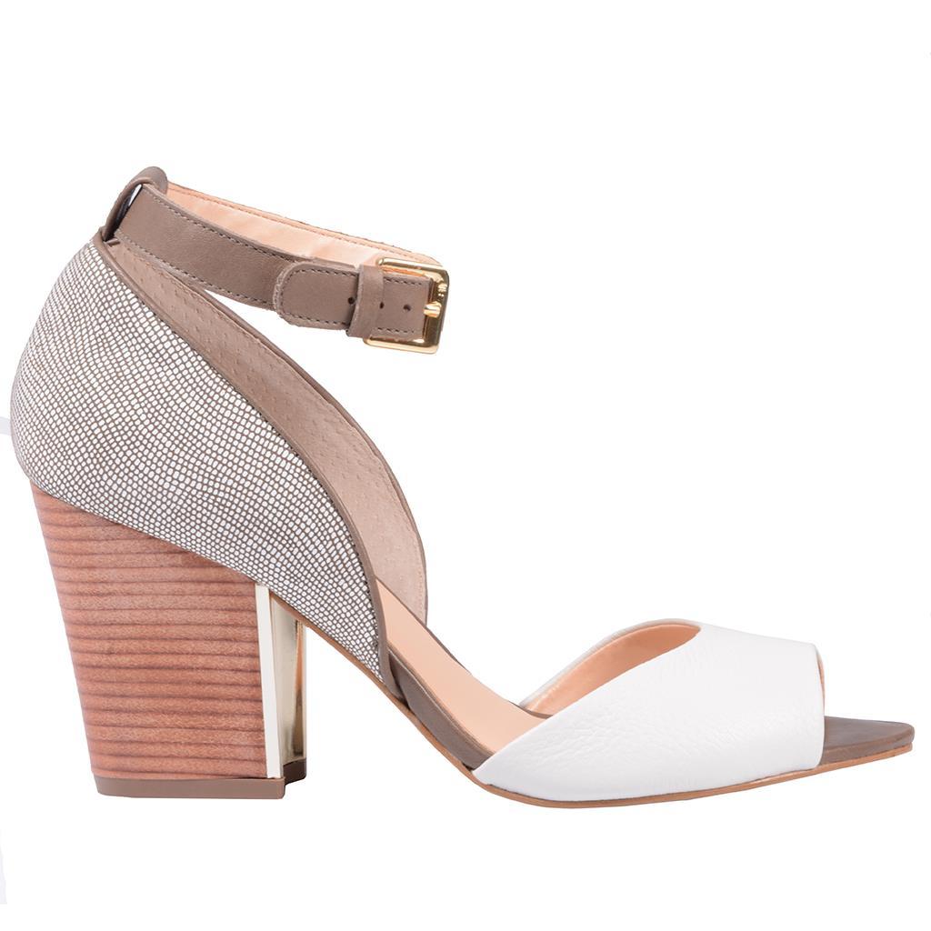 Sandália branca e marrom 3