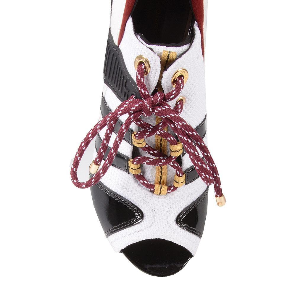 Sandália branca com amarrações I19 4