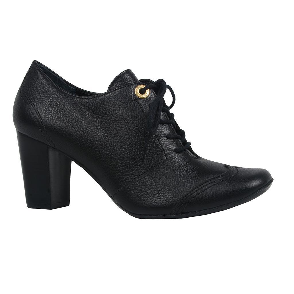 Ankle boot preta com amarração