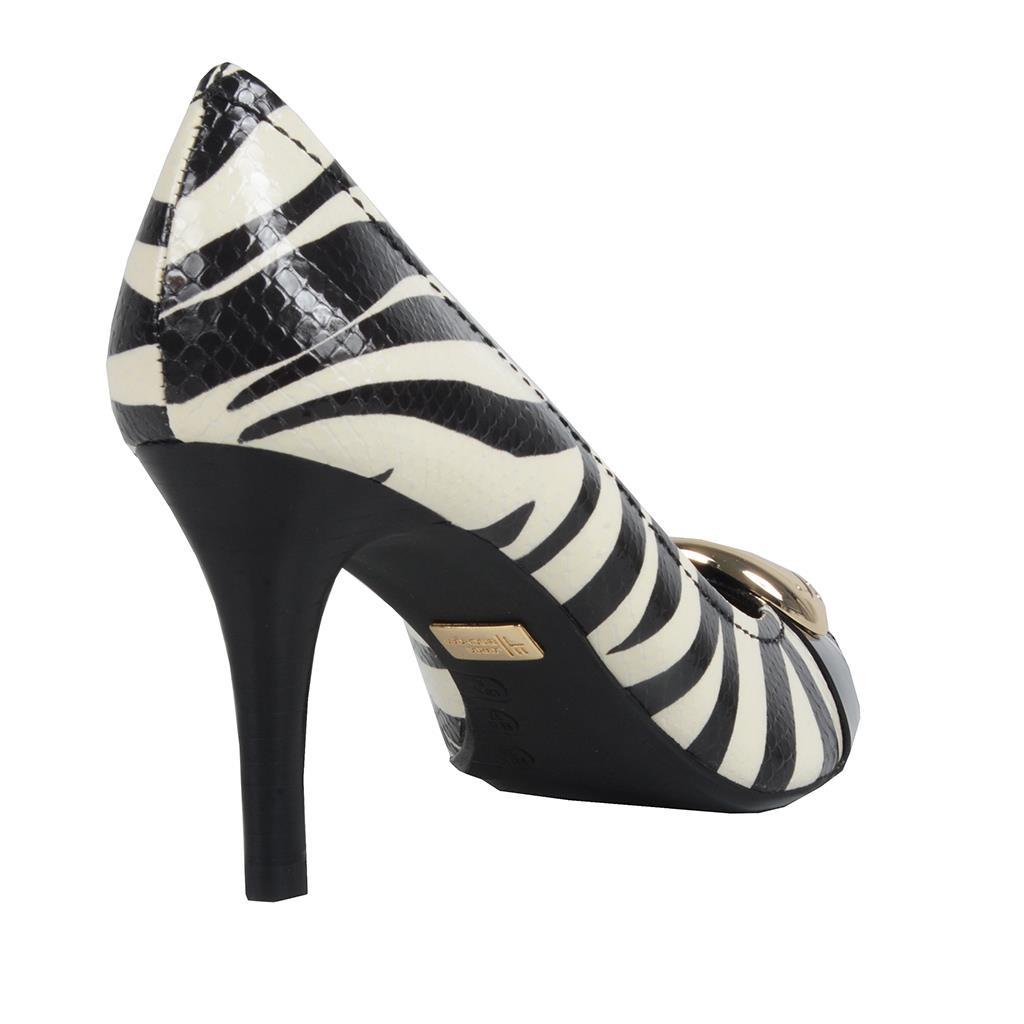 Scarpin bico fino zebra P&B I19 3