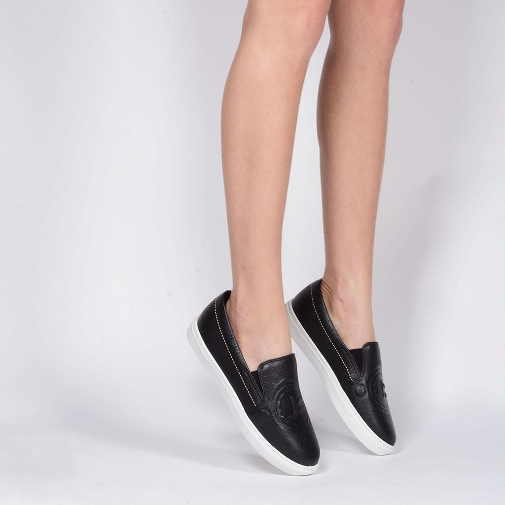 Tênis Slip On Preto Logomania 3