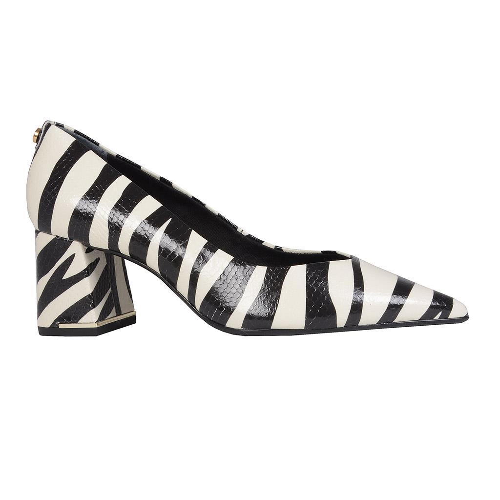 Scarpin zebra P&B I19