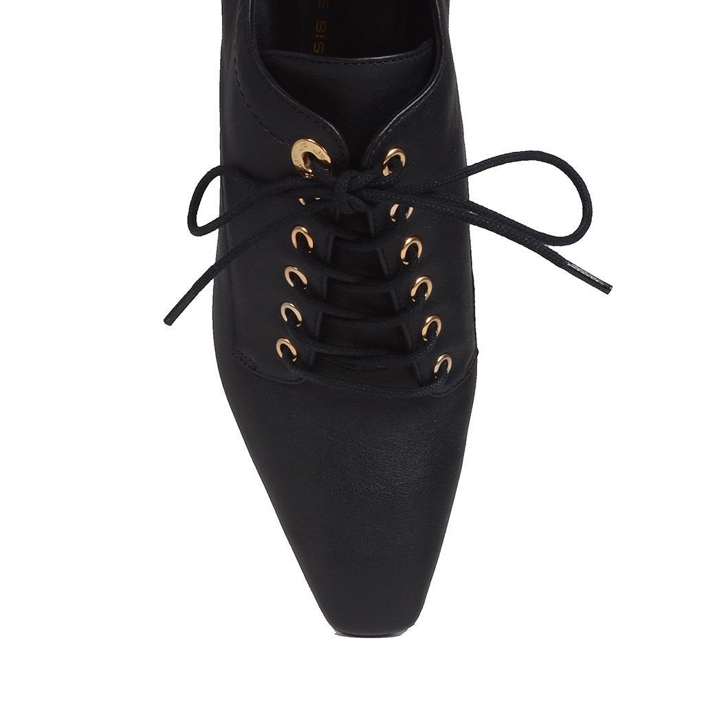 Ankle boot preto com amarração I19 2
