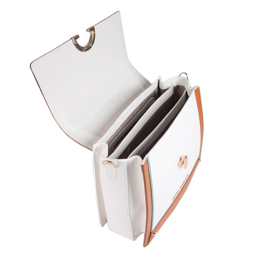 Bolsa Baú Branca com Bag Charm V20 5