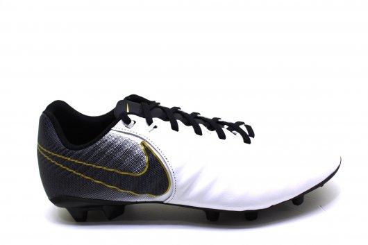 Chuteira Masculina Nike Legend Academy Campo