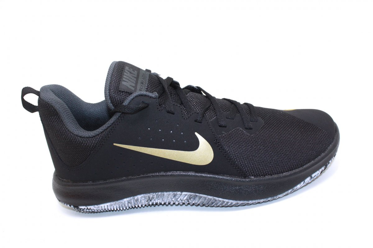 c685d3566ef46 Tênis Masculino Nike Air Fly by Low