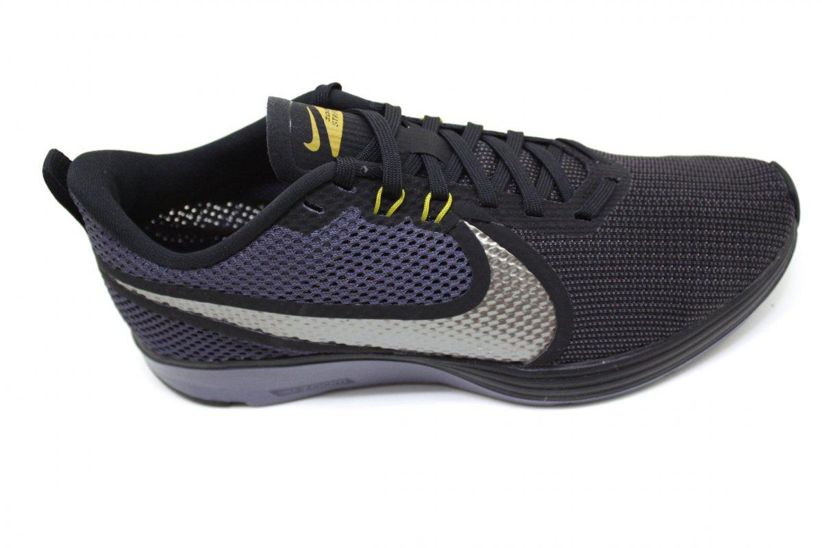 6b2a75efb3 Tênis Masculino Nike Zoom Strike 2