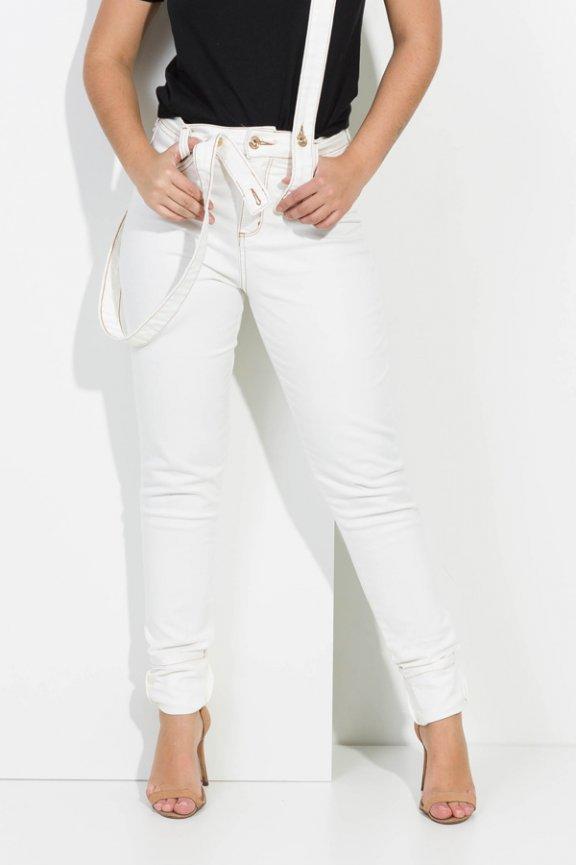 Calca Jeans Skinny com Suspensório