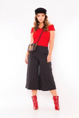 Imagem - Blusa Cropped com Decote Transpassado