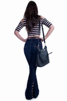 Imagem - Calça Flare Jeans Hot Pants