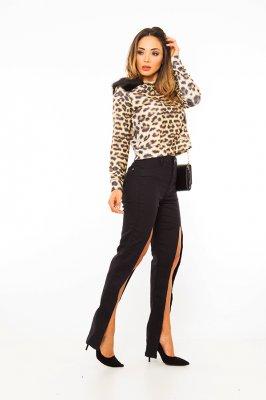 Imagem - Calça Hot Pants Flare com Fenda Frontal