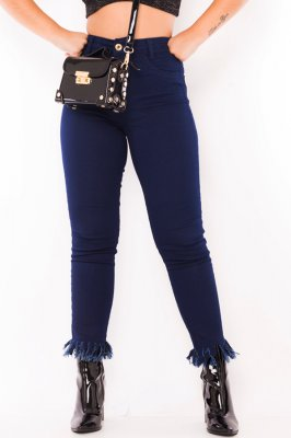 Imagem - Calca Jeans Cropped com Barra Destroyed
