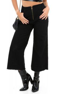 Imagem - Calça Pantacourt Jeans com Barra Destroyed