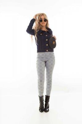 Imagem - Jaqueta Jeans Ombro a Ombro