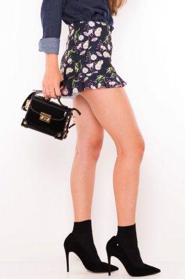Imagem - Shorts Estampado Floral com Babado