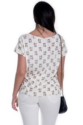 Imagem - T-shirt Estampa com Decote V