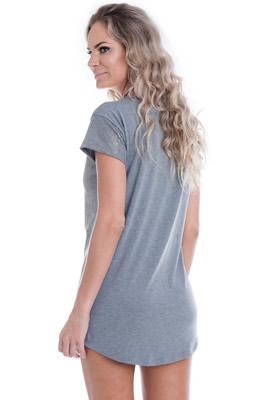 Imagem - Vestido Básico com Tecido Brilhante