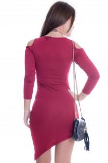 Vestido Assimétrico com Recortes