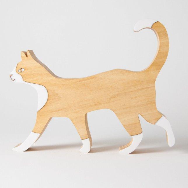 Escultura Gato Andando