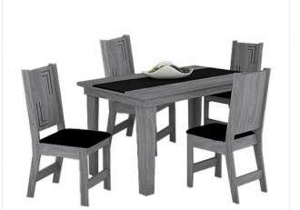 Mesa Atrativa com 4 cadeiras
