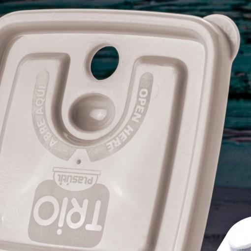 Pote de Plástico Retangular 1 L com Tampa Fixa e Trava Trio