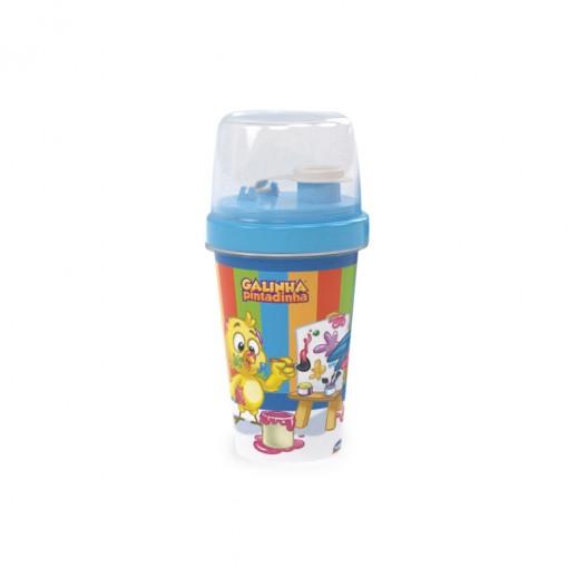Mini Shakeira de Plástico 320 ml com Misturador, Fechamento Rosca e Sobretampa Articulável  Galinha Pintadinha