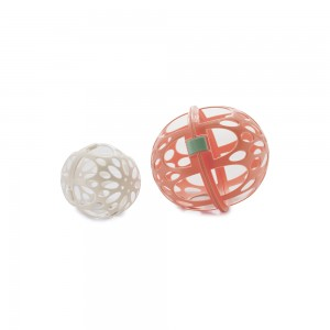 Imagem do produto - Protetor de Plástico para Roupas Finas com 2 Esferas e Trava