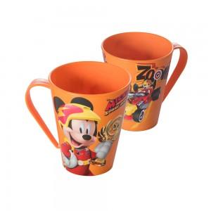 Imagem do produto - Caneca de Plástico 360 ml Mickey Sobre Rodas