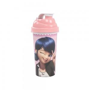 Imagem do produto - Shakeira de Plástico 580 ml com Tampa Rosca e Misturador Marinette