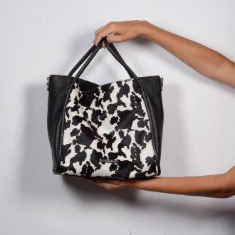 Bolsa Grande Cow Print P&B I20 4
