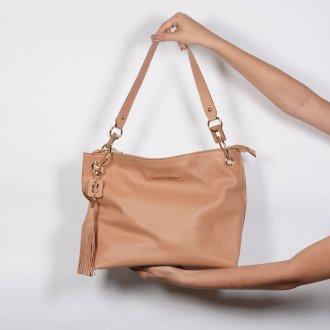 Bolsa de Ombro Couro Bege com Bag Charm I20 6