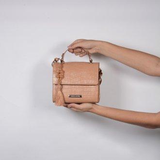 Clutch Estruturada Croco Bege com Bag Charm V20 4
