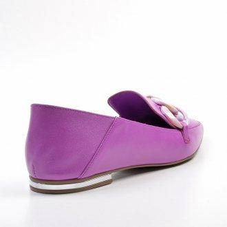 Loafer Couro Orquídea com Detalhe Corrente Colorida V22 3